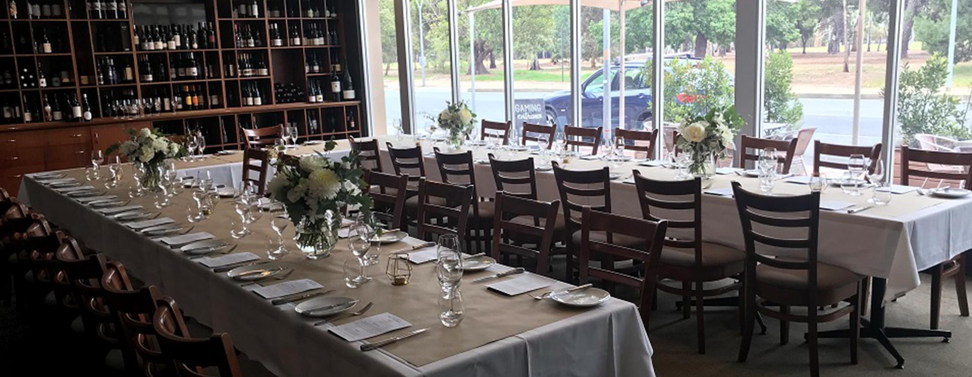 Bartons Restaurant - The Caledonian Hotel North Adelaide