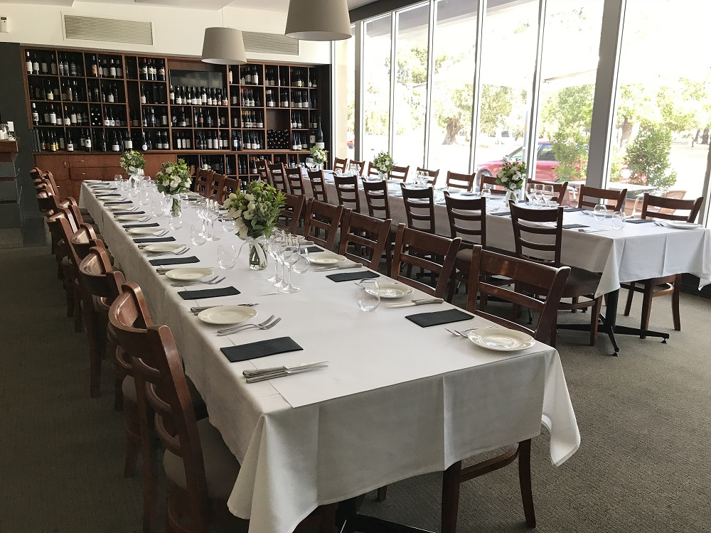 Bartons Dining Room - Caledonian Hotel North Adelaide